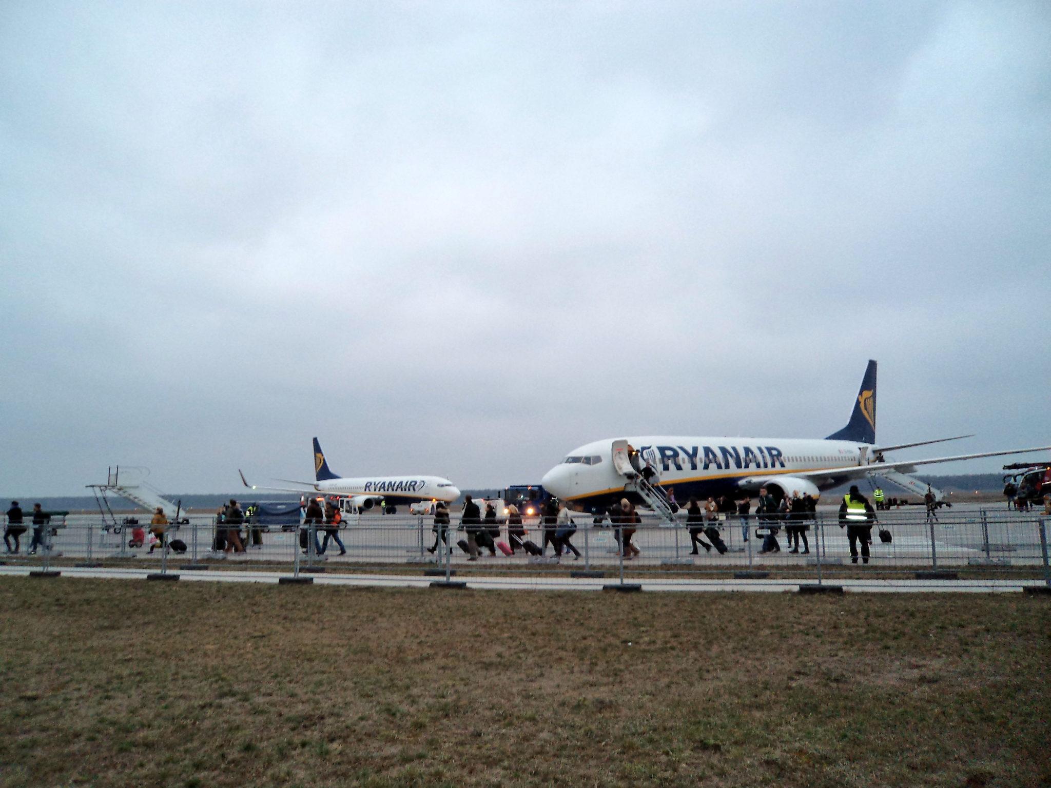 Lot do Aten. Z pamiętnika spanikowanej pasażerki – część 1