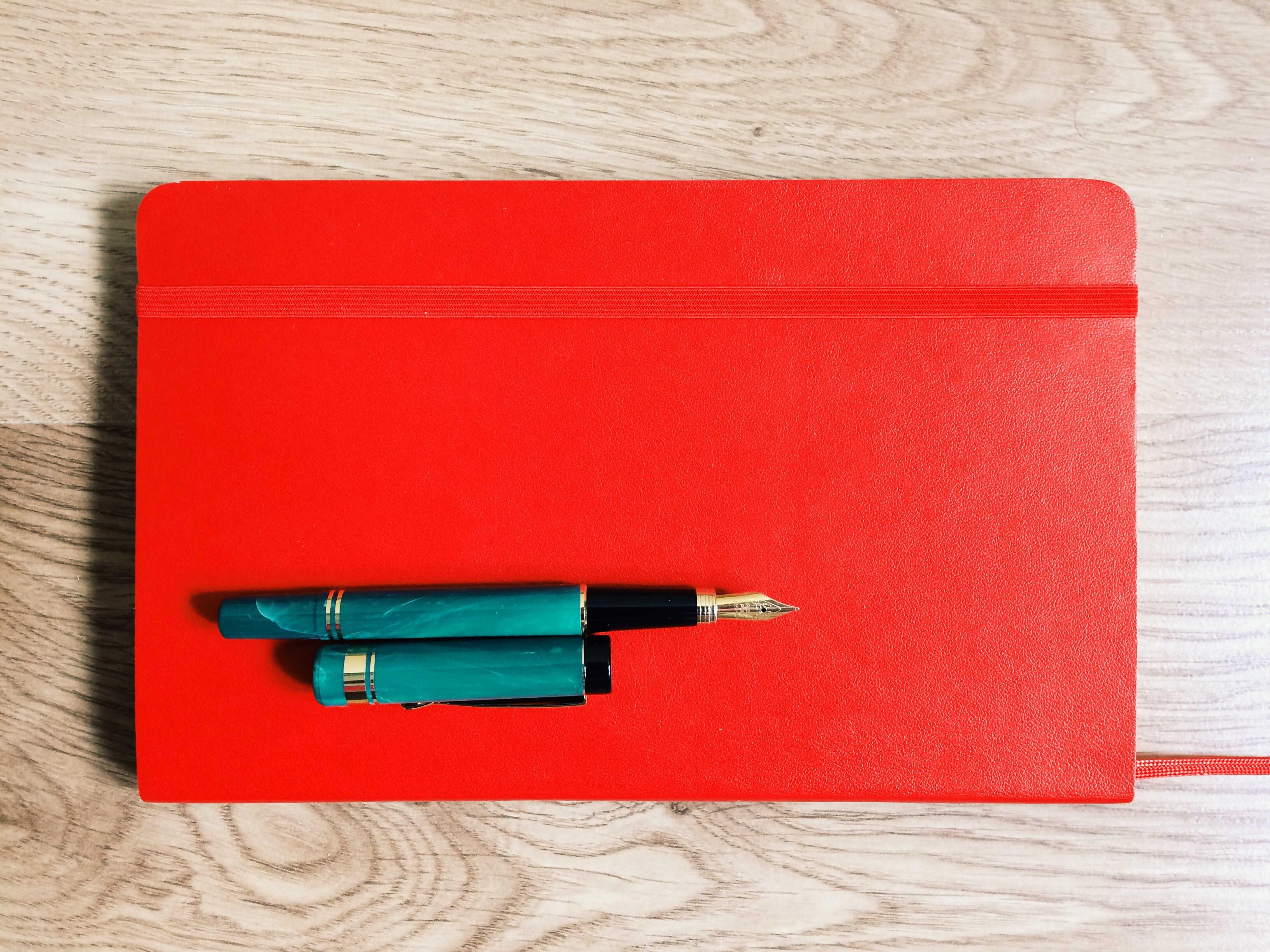 Kurs powieściopisarski, czyli jak napisać powieść