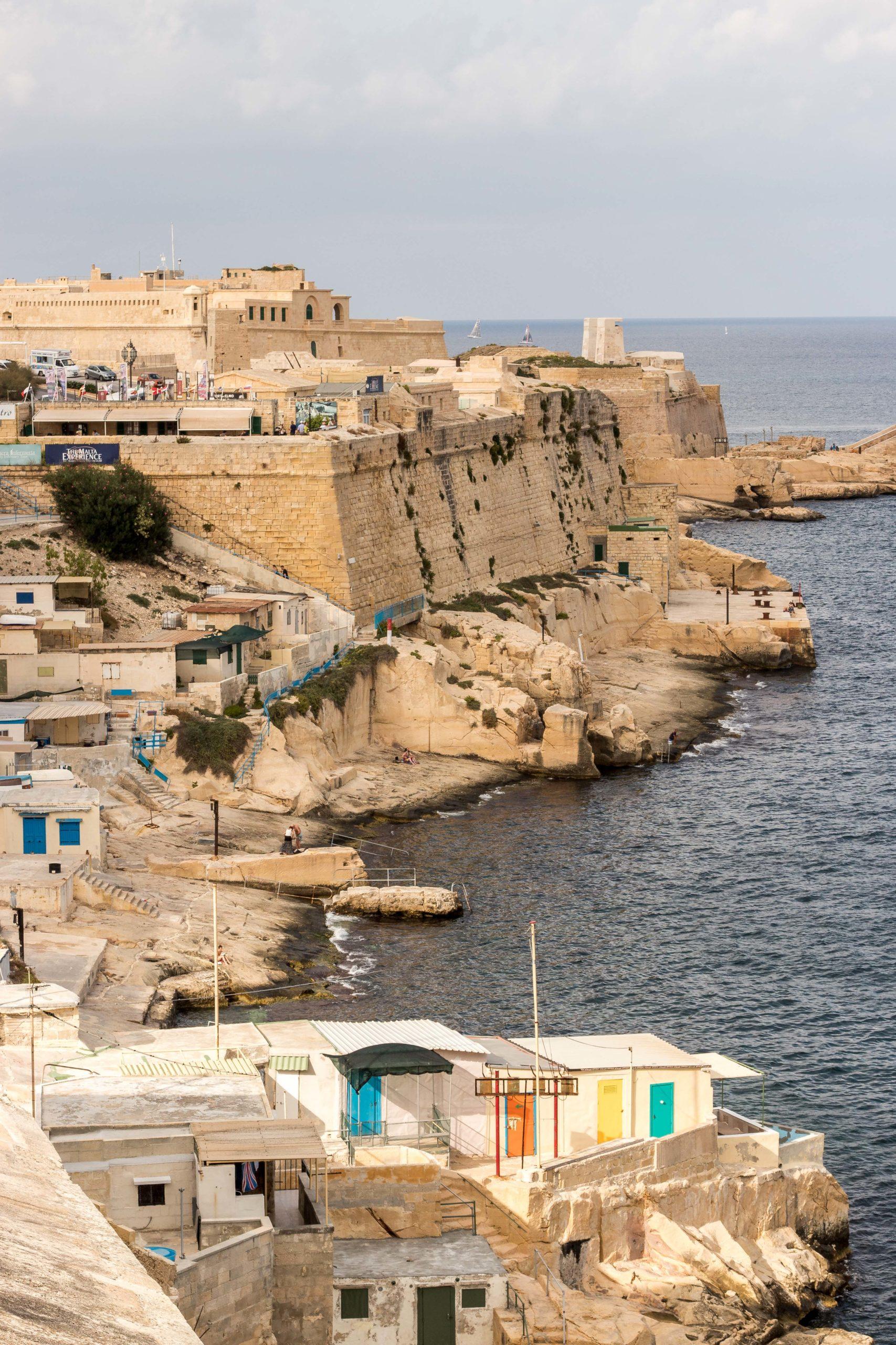 Widok z pomnika oblężenia Malty Valletta