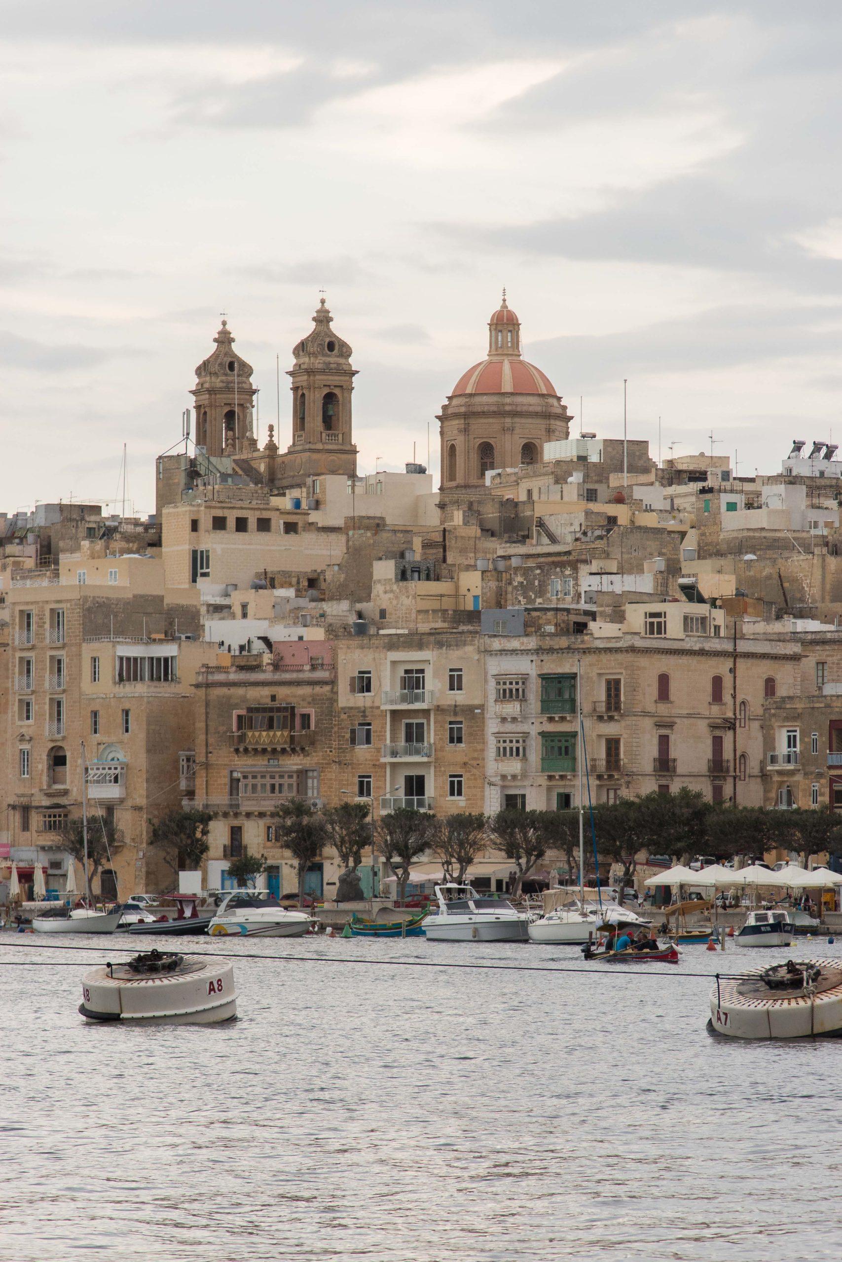 Widok na Maltę z Vittoriosy